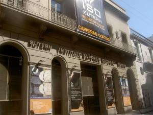 Fachada da sede do sindicato, no caríssimo bairro turístico de San Telmo