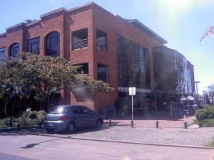 Prédio reformado em Puerto Madero